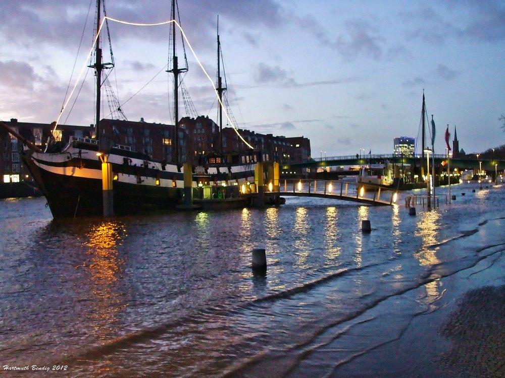 Hochwasser an der Bremer Schlachte