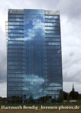 der Bremer Wesertower im Jahre 2010