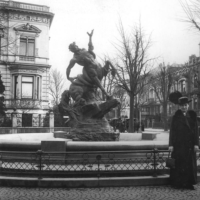 Centaurenbrunnen_-_Bremen_-_1900