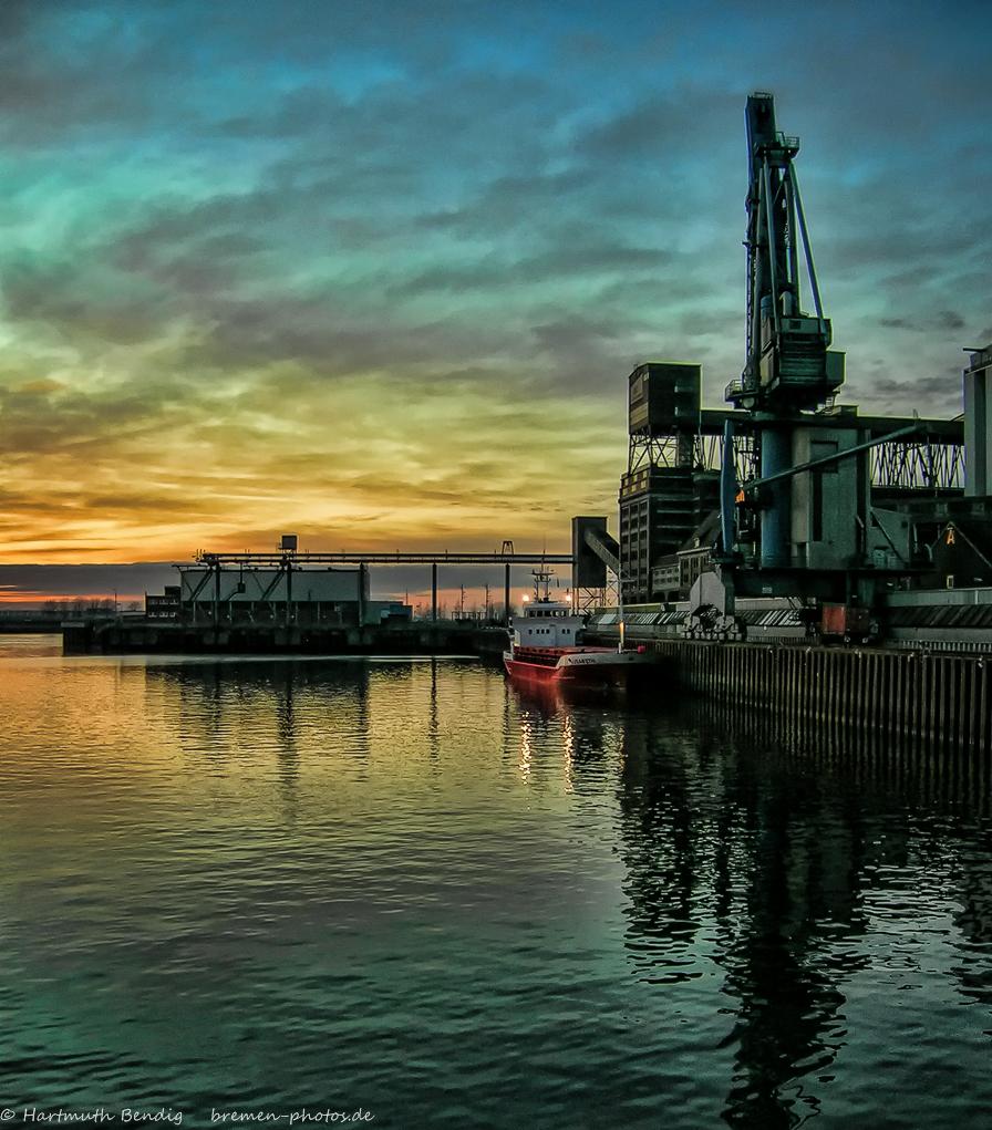 Abendstimmung am Bremer Getreidehafen