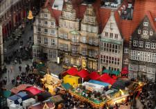 Blick vom Domturm auf den Bremer Weihnachtsmarkt 2015
