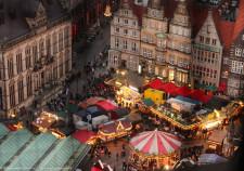 Blick vom Domturm auf den Bremer Weihnachtsmarkt